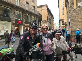 A lady we keep meeting, first in Montepino then in Florence!