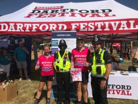 UK - Dartford helpful Police officers